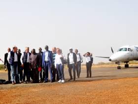 visite à Kédougou de la délégation du groupement V   inci Andritz, du ministère des Finances et de l'OMVG