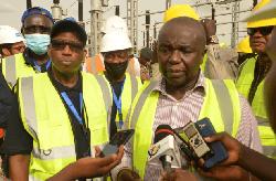 Le Haut Commissaire de l'OMVG et S. E. Soares Sambu, Vice-Premier Ministre lors de la visite de presse en Guinée-Bissau